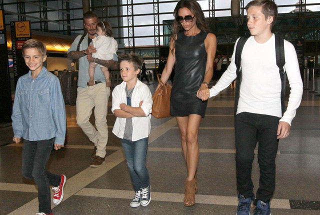 celeb kids with their mums. Celebrity moms of hollywood.